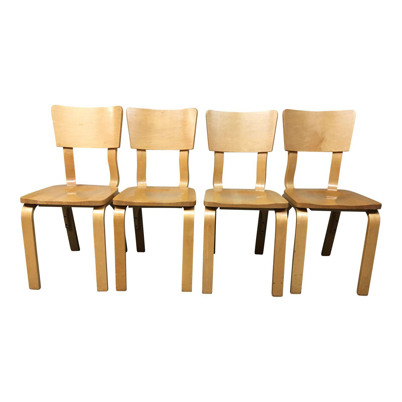 Wondrous Thonet Bentwood Dining Chairs Set Of 4 Design Plus Gallery Gmtry Best Dining Table And Chair Ideas Images Gmtryco