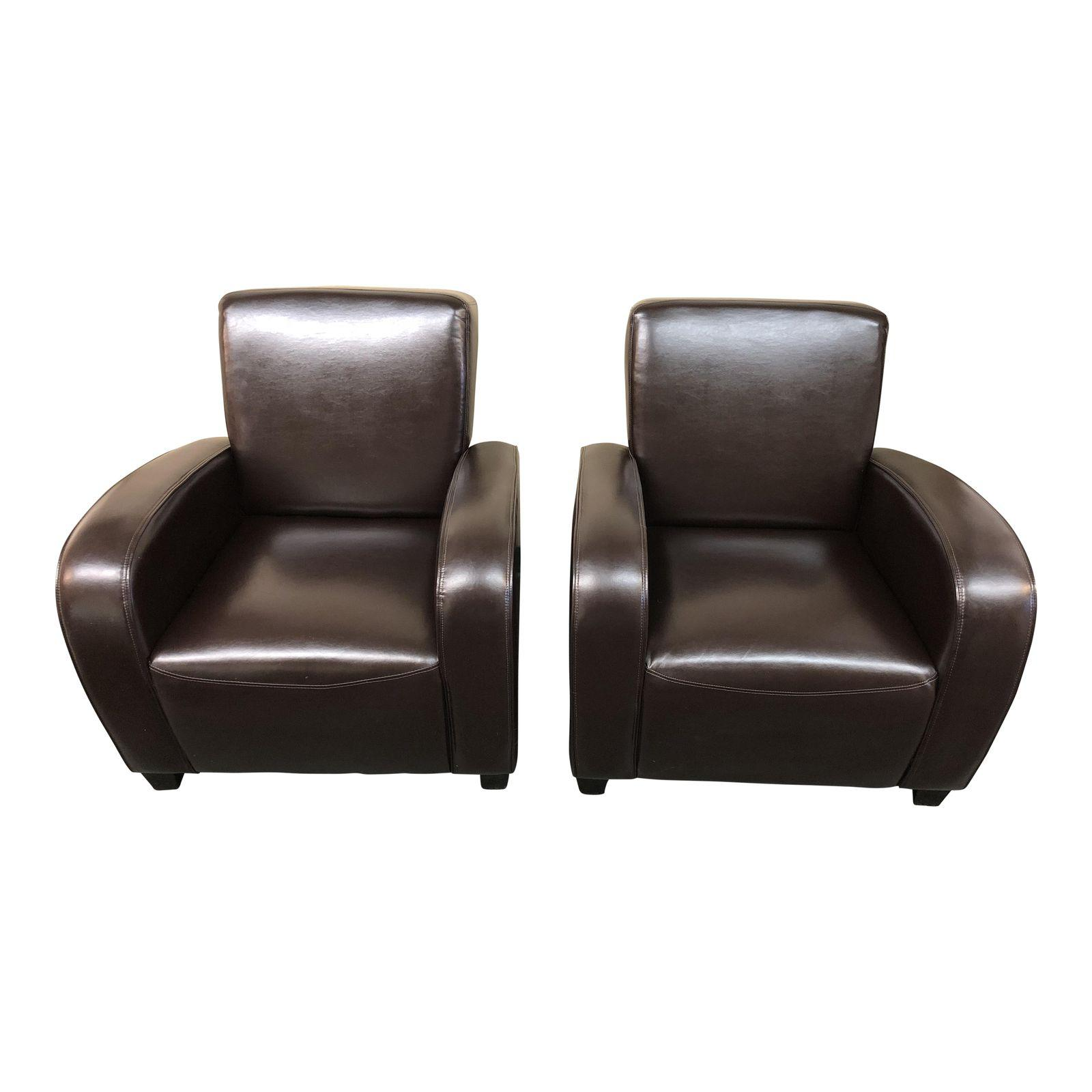 Merveilleux Bonded Leather Club Chairs U2013 A Pair