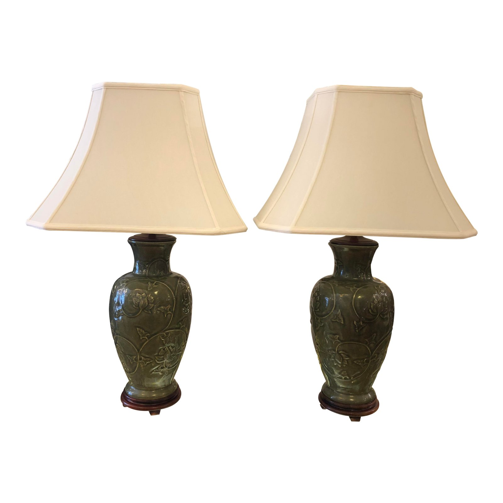 Merveilleux Asian Style Dark Green Ceramic Table Lamps U2013 A Pair
