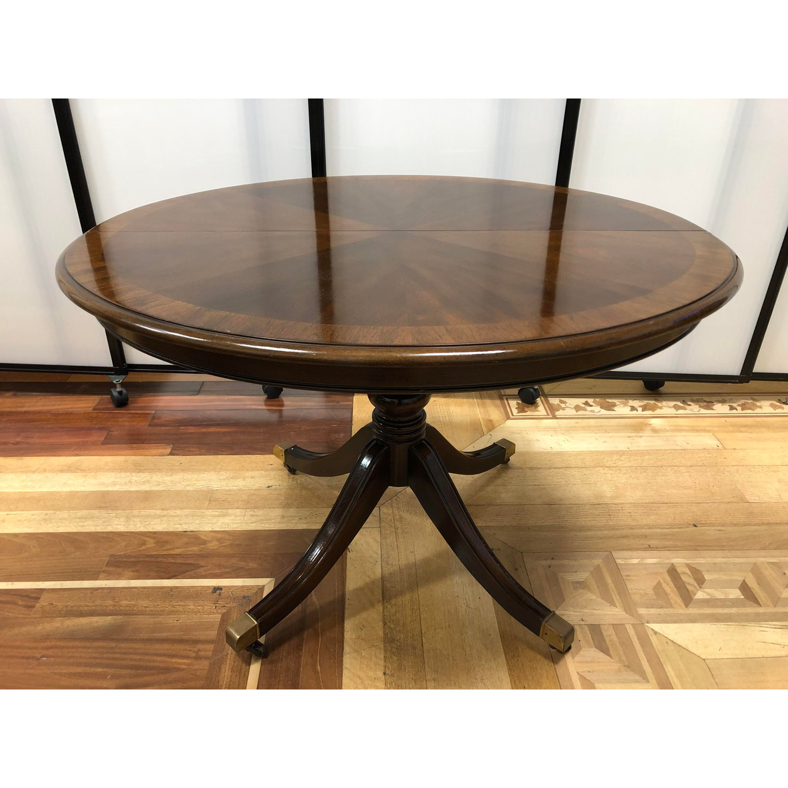 Vintage Drexel Heritage Duncan Phyfe Dining Room Table