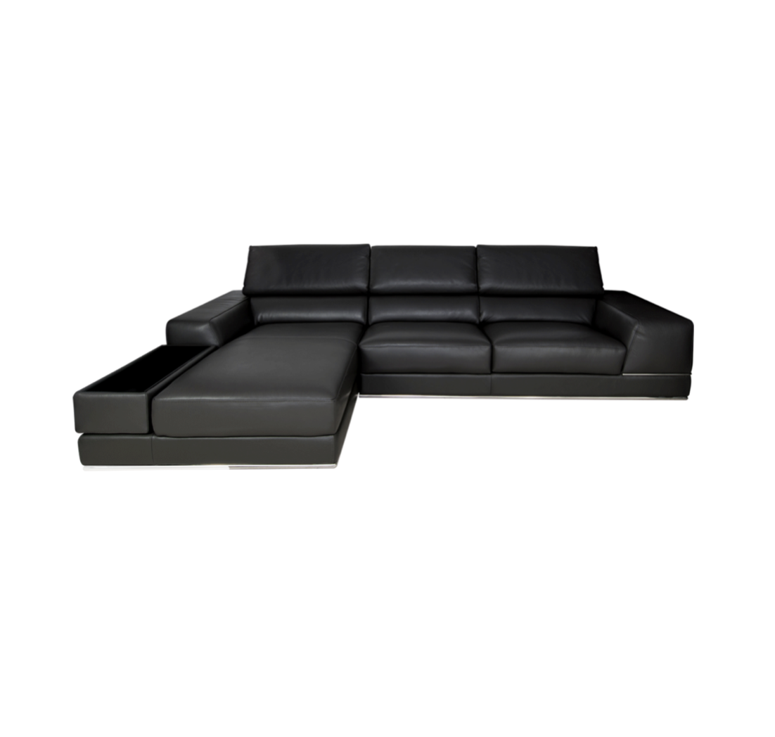 New Modani Bergamo Black Leather Sectional Sofa Original Price 3 490